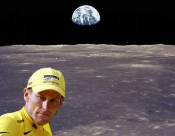 Où est donc Lance Armstrong quand il ne gagne pas le Tour de France ?